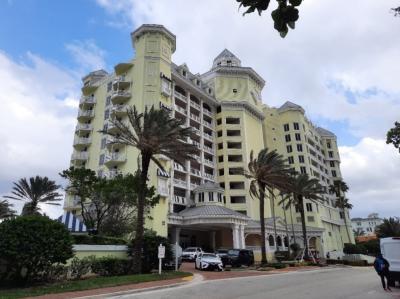 PELICAN BEACH RESORT - Fort Lauderdale, FL